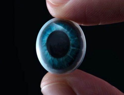 Une start-up californienne teste une lentille connectée destinée à améliorer la vision des malvoyants